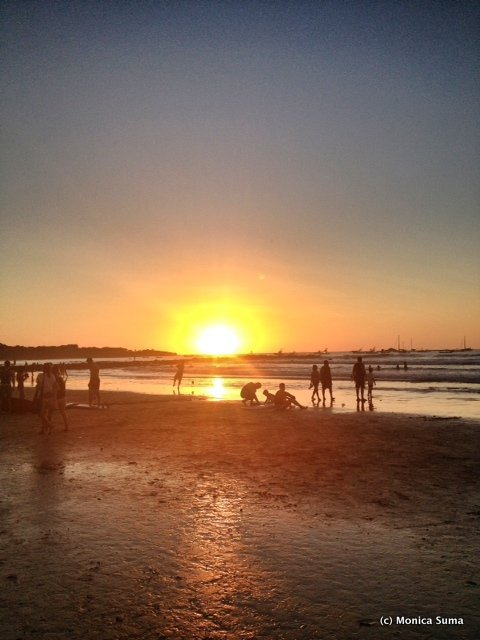 Playa Tamarindo sunset