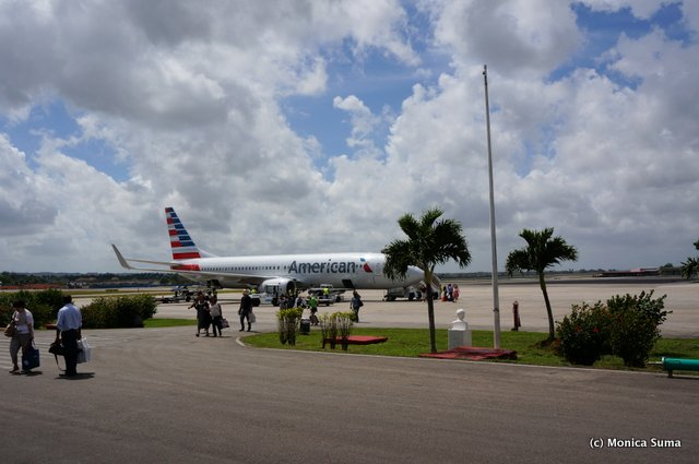 American Airlines lands in Havana, Cuba